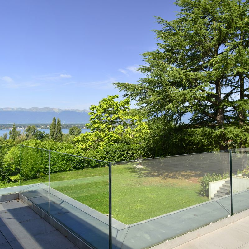 buy sell real estate property Geneva Stone Invest specialist